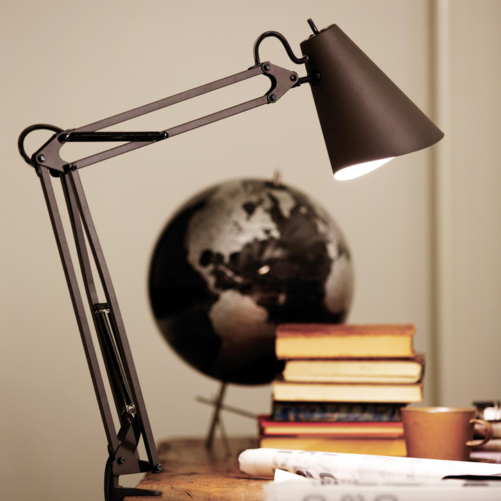 AW-0369 Snail desk arm light 1
