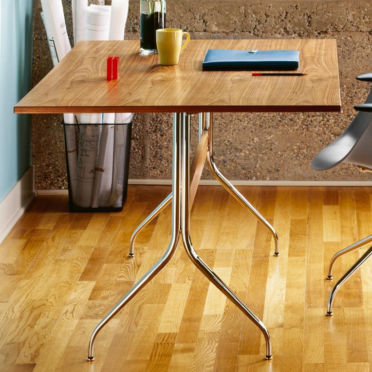 ネルソンスワッグレッグワークテーブル 06